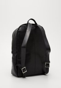 Royal RepubliQ - FOCUS BACKPACK - Batoh - black - 3