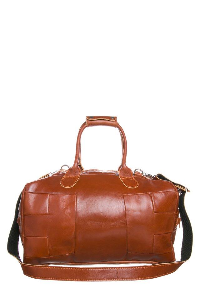 BALL BAG - Weekend bag - cognac