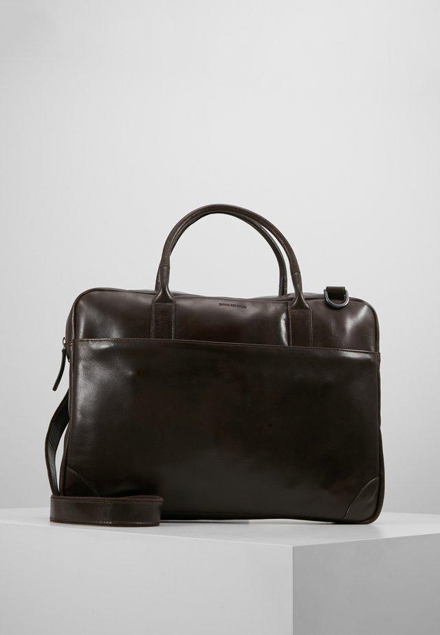EXPLORER LAPTOP BAG SINGLE - Attachetasker - brown
