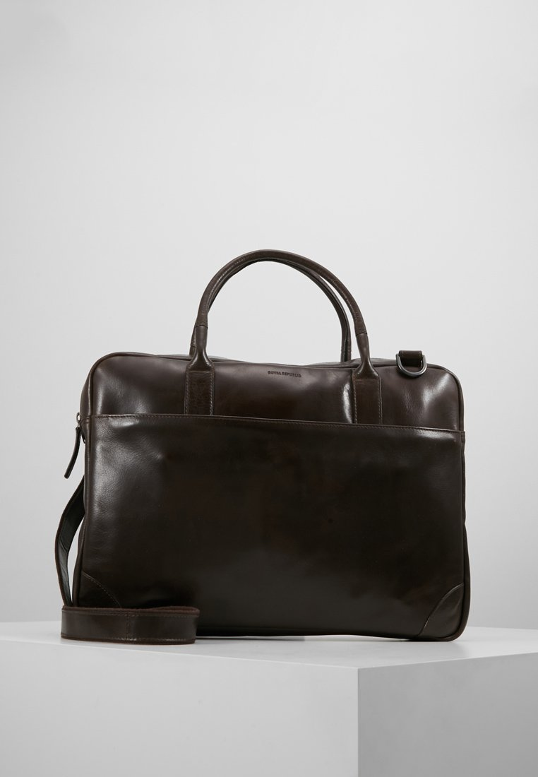 Royal RepubliQ - EXPLORER LAPTOP BAG SINGLE - Aktetas - brown