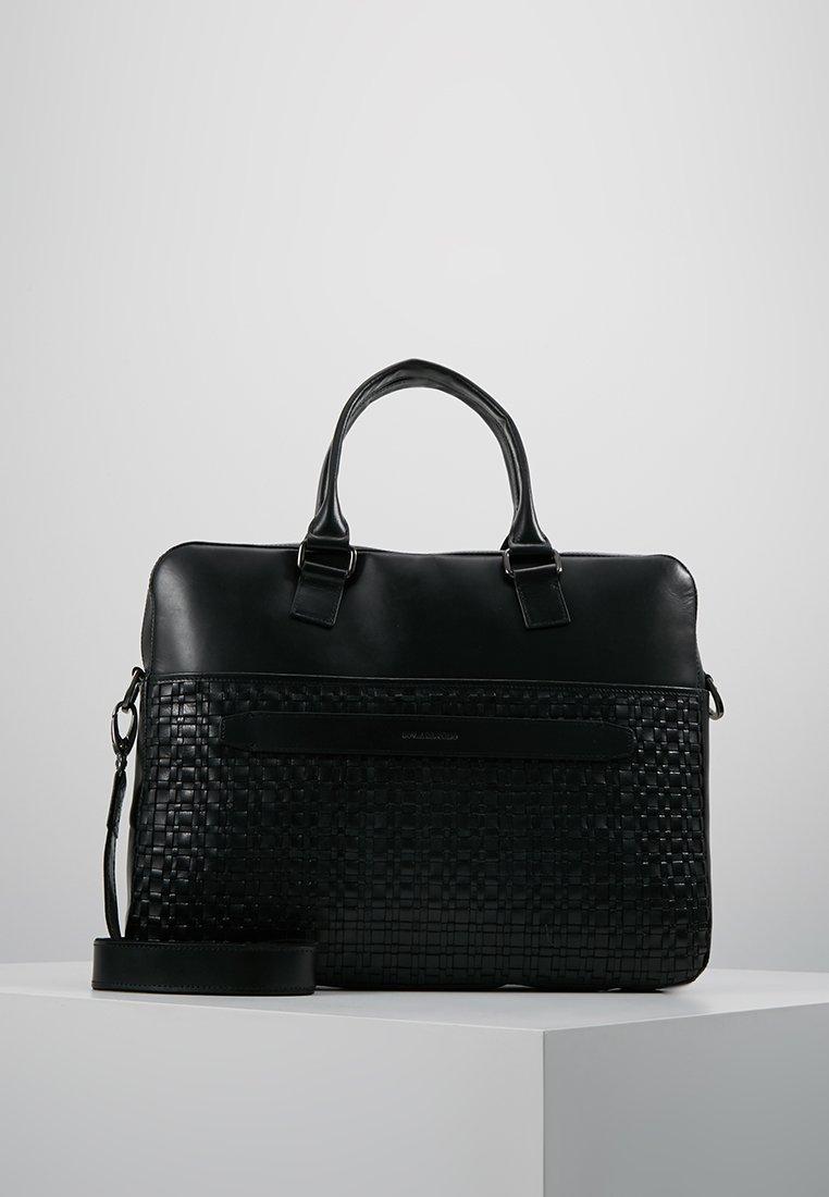 Royal RepubliQ - LEAGUE DAY BAG - Stresskoffert - black