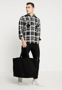 Royal RepubliQ - FJORD - Shopping bag - black - 1