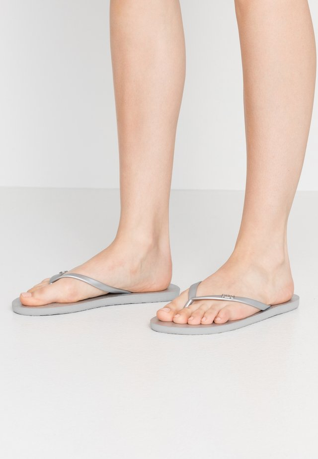 Pool shoes - silver