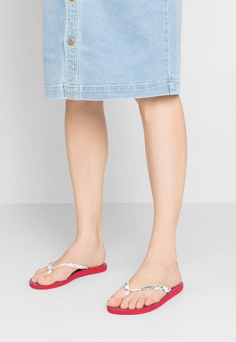 Roxy - Pool shoes - raspberry