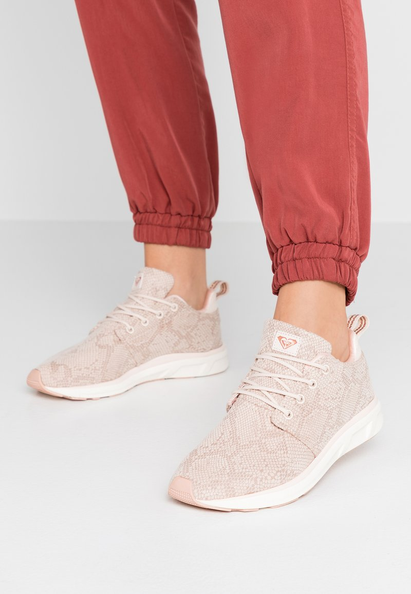 Roxy - SET SESSION SHOE - Trainers - taupe