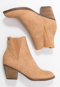 Roxy - RANDALL BOOT - Classic ankle boots - tan - 3