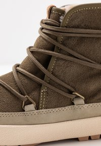 Roxy - DARWIN  - Ankle boots - military - 2