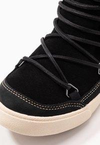 Roxy - DARWIN  - Ankle boots - black - 2