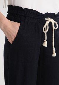 Roxy - OCEANSIDE - Pantaloni - true black - 3