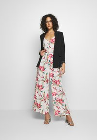 Roxy - BESIDE ME - Trousers - snow white tropic call - 1