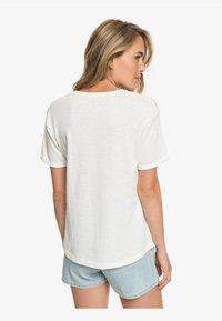 Roxy - Print T-shirt - marshmallow - 2