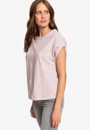 I NEED MY WAVE - Print T-shirt - pink