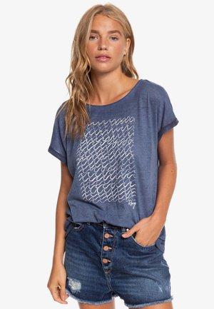 SUMMERTIMEHAPIN - T-shirt imprimé - mood indigo