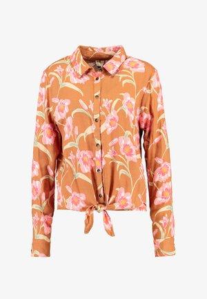 SUBURBVIBEPRINT - Button-down blouse - chipmunk surfin love