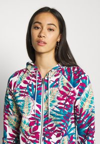 Roxy - GOING RIGHT - Zip-up hoodie - snow white paradise - 3