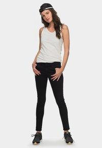 Roxy - SEATRIPPER  - Jean slim - true black - 1