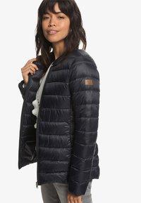 Roxy - ENDLESS DREAMIN - Light jacket - black - 3