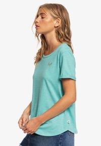 Roxy - ROXY™ OCEANHOLIC - T-SHIRT FÜR FRAUEN ERJZT04794 - Basic T-shirt - canton - 3