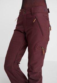 Roxy - CABIN - Pantaloni da neve - grape wine - 3