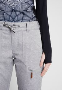Roxy - NADIA  - Pantaloni da neve - heather grey - 5