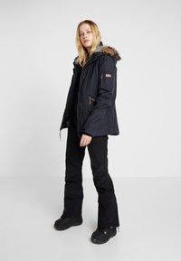 Roxy - SUMMIT  - Ski- & snowboardbukser - true black - 1