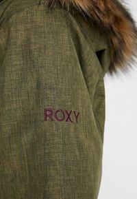 Roxy - JET SKI SOLID - Snowboardová bunda - ivy green - 9