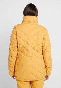 Roxy - QUINN  - Snowboardjas - spruce yellow - 4