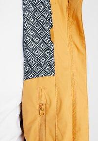 Roxy - QUINN  - Snowboardjas - spruce yellow - 6