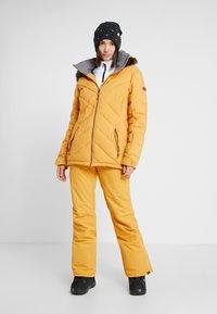 Roxy - QUINN  - Snowboardjas - spruce yellow - 1