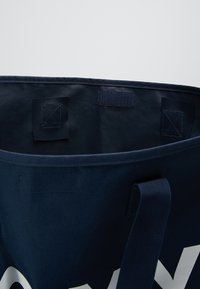 Roxy - WILDFLOWER TOTE - Tote bag - dress blues - 4