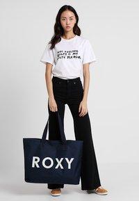 Roxy - WILDFLOWER TOTE - Tote bag - dress blues - 1