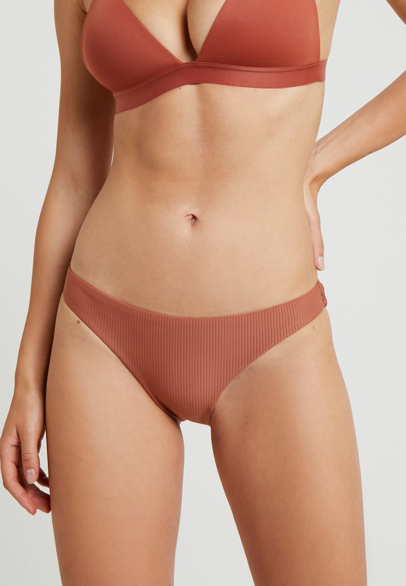 Roxy - SISTERS MOD BOTTOM - Bikini-Hose - copper brown
