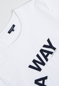 Ron Dorff - A WAY  - T-shirt med print - white - 5