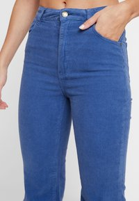 Rolla's - EASTCOAST FLARE - Bukse - french blue - 4