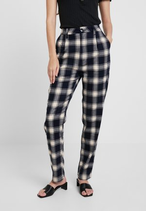 HORIZON CHECK PANT - Spodnie materiałowe - navy/cream