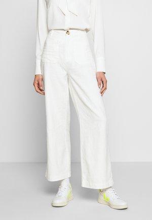 SAILOR PANT - Bukse - vintage white