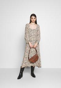 Rolla's - RUBY LITTLE DAISIES DRESS - Skjortklänning - olive - 1