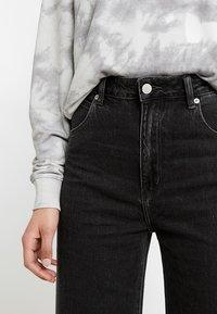 Rolla's - OLD MATE - Flared jeans - black denim - 3