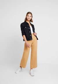 Rolla's - OLD MATE PANT - Straight leg jeans - gold - 1