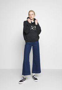Rolla's - SAILOR  - Flared Jeans - eco april blue - 1