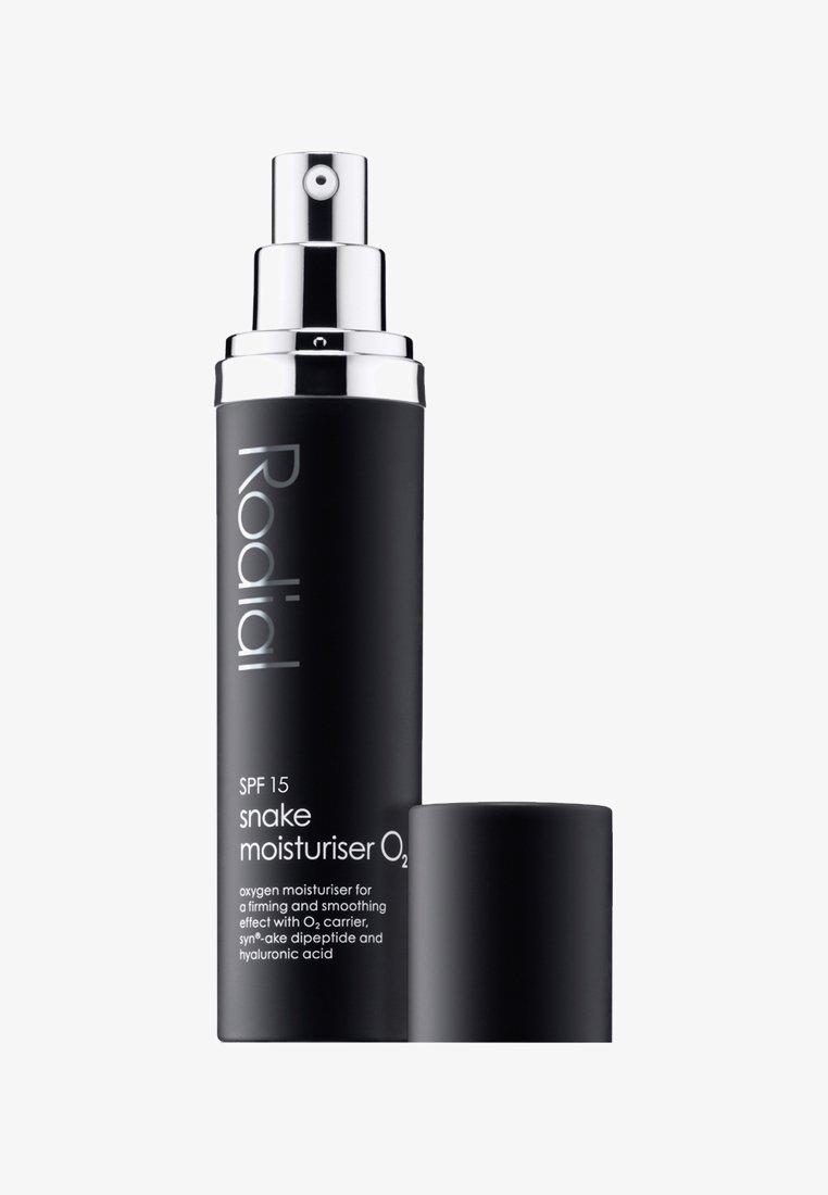 Rodial - SNAKE MOISTURISER O2 SPF15 50ML - Face cream - neutral