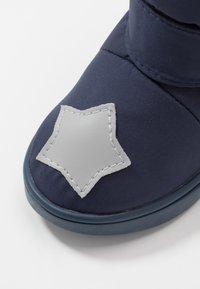 Rose et Chocolat - BOOTIES STARS - Støvler - blue - 5