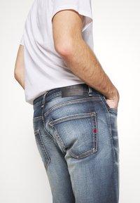 Royal Denim Division by Jack & Jones - JJIGLENN SELVEDGE - Slim fit jeans - blue denim - 5