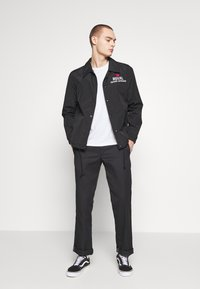 Royal Denim Division by Jack & Jones - COACH JACKET - Korte jassen - black - 1