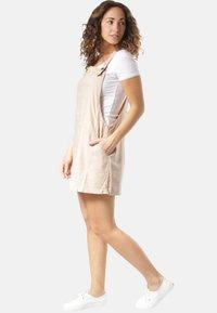 Rusty - Korte jurk - beige - 1