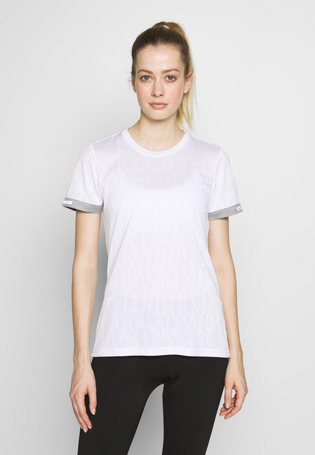 RUKKA RUOTULA - T-shirts med print - white