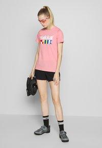Rukka - RUKKA VATKIVI - T-Shirt print - light pink - 1