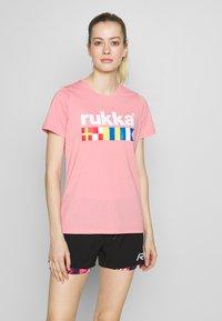 Rukka - RUKKA VATKIVI - T-Shirt print - light pink - 0