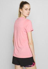 Rukka - RUKKA VATKIVI - T-Shirt print - light pink - 2