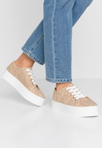 Rubi Shoes by Cotton On - WILLOW PLATFORM - Sneakers basse - natural - 0